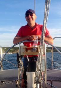 Hans i båten